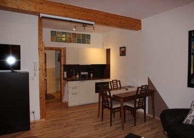 Apartment Bendorf – Essbereich und Küche