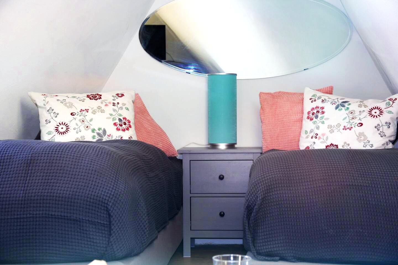 Ferienhaus Haus Sayn - Schlafzimmer unterm Dach:2