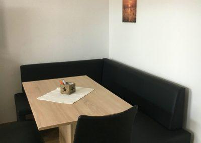 Ferienwohnung Klaus, Bendorf – Sitzecke